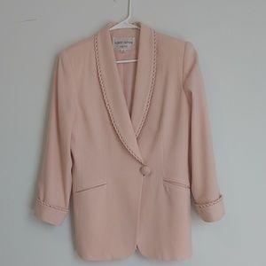 Albert Nipon Suit size 8.  Excellent condition.